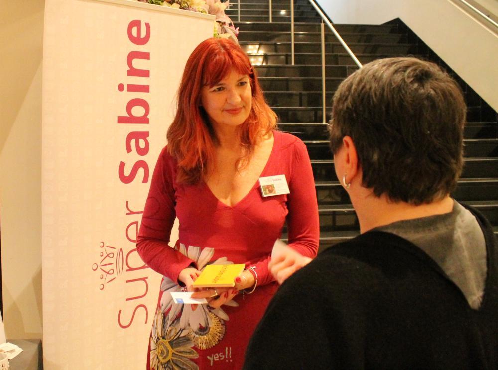 Super Sabine im Gespräch