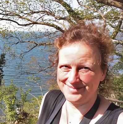 Cynthia Kurth zu Position