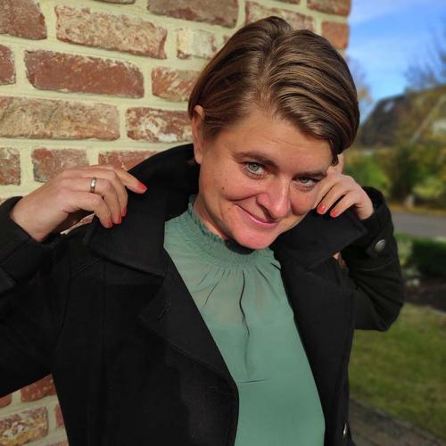Business-Frau Stepahnie Schullmann Redlich